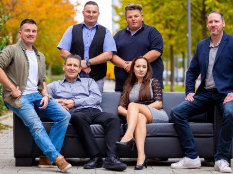 Parcel Broker Team